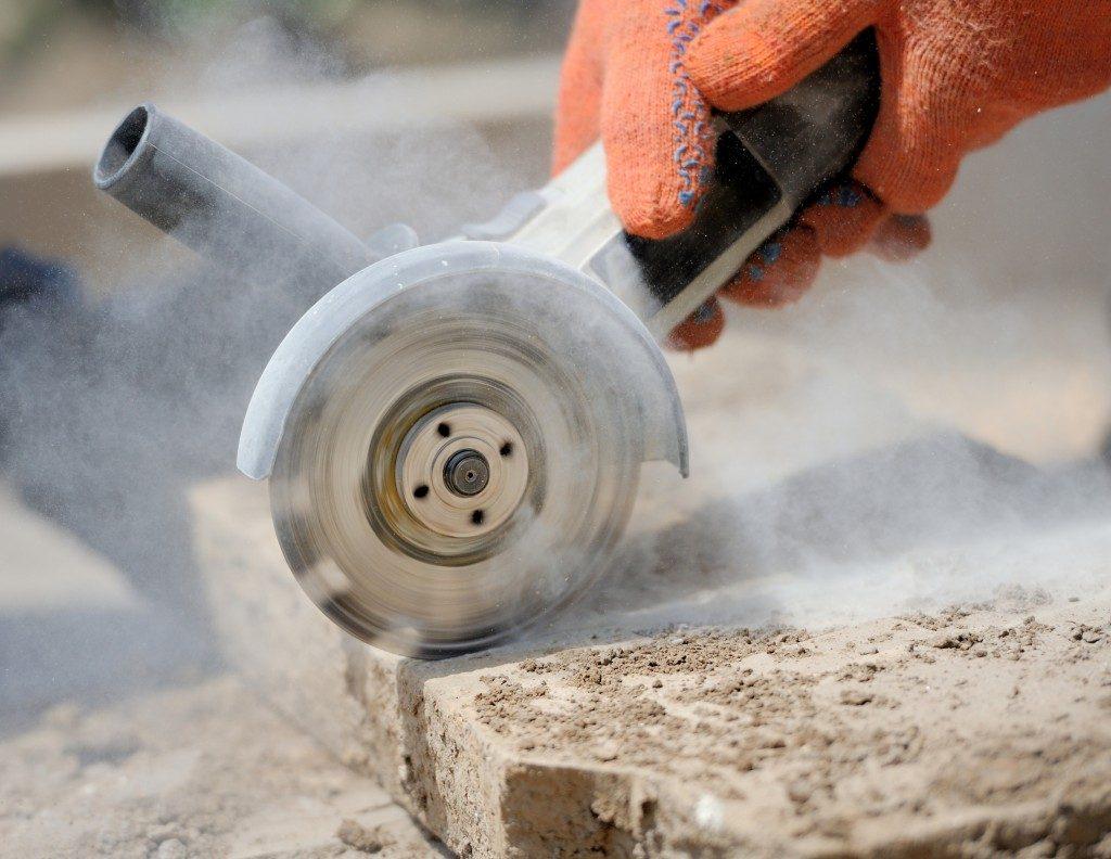 Sawing concrete