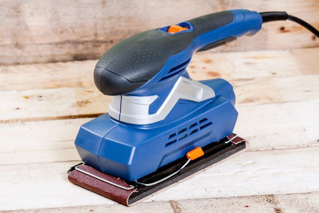Wood sander tool