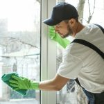 6 Reasons to Hire a Professional Window Cleaner