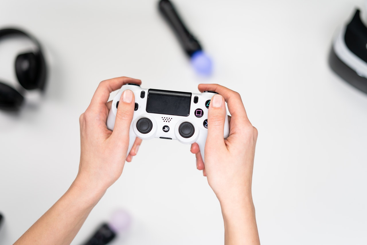 playing video game console